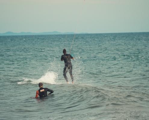 kitesurfen, ulcinj, velika plaza, kiteschule, kiteriders, kitesurfing, kiteboarding